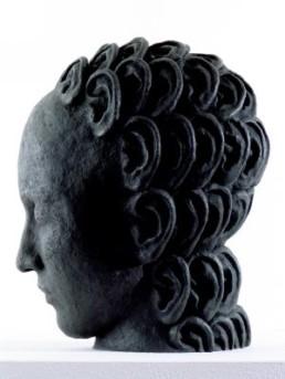 Kraijer, Juul *1970 >o.T.< 2005 – 2006 Bronze Ex. 1/6 + 2 Künstlerexemplare 25 x 20 x 19 cm Besitz der Künstlerin